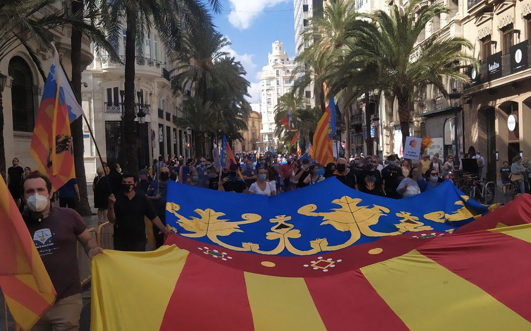El valencianisme celebra el Dia Nacional Valencià al crit: 'El 9 d'Octubre és del Poble'